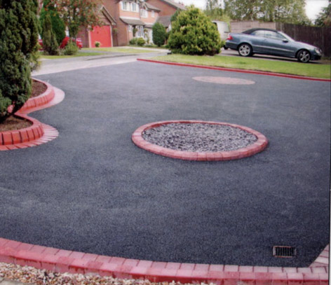Tarmac with Red Brick Edging